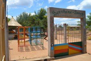 Der Spielplatz des Schulgeländes, auf dem die Kinder der Vorschule sehr gerne spielen. Foto: Katharina Kloß